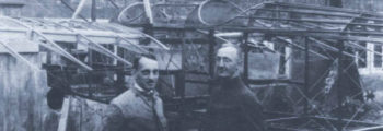 1921:GEORG WULF UND MITARBEITER VOR ROHBAU DER A7
