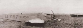 1927:BRUCHLANDUNG DER JUNKERS W 33 EUROPA IN BREMEN